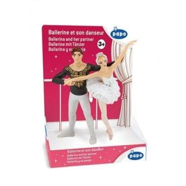 Bailarina c/ o seu Par