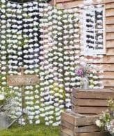 Cortina de Flores Brancas